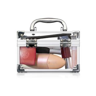 Ad_makeupbag_sm